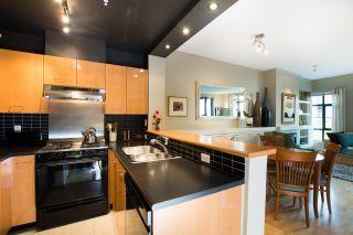 "Photo 9: 301 2268 REDBUD Lane in Vancouver: Kitsilano Condo for sale in ""Ansonia"" (Vancouver West)  : MLS®# R2509552"