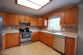 Photo 14: 19 Cadham Bay in Portage la Prairie: House for sale : MLS®# 202115588