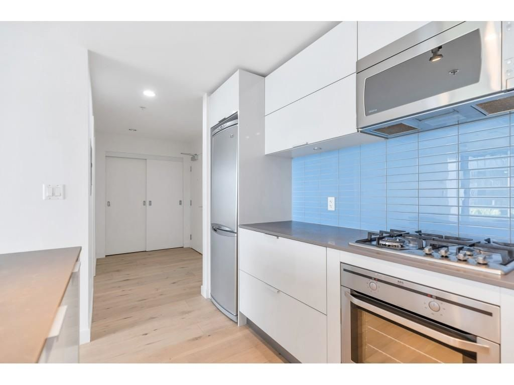 """Photo 13: Photos: 1704 128 W CORDOVA Street in Vancouver: Downtown VW Condo for sale in """"WOODWARDS"""" (Vancouver West)  : MLS®# R2592545"""