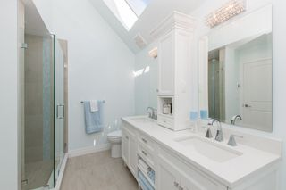 Photo 14: 2360 WATERLOO Street in Vancouver: Kitsilano 1/2 Duplex for sale (Vancouver West)  : MLS®# R2101486