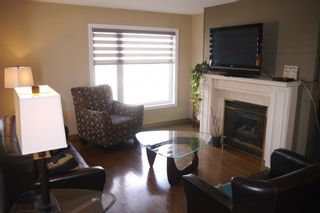 Photo 3: 86 Pirson Crescent in Winnipeg: Single Family Detached for sale : MLS®# 1606936