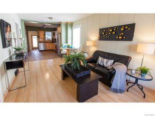 Photo 5: 911 F Avenue North in Saskatoon: Caswell Hill Single Family Dwelling for sale (Saskatoon Area 04)  : MLS®# 604471