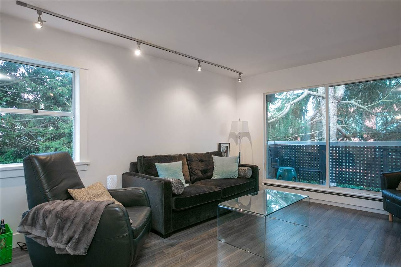 "Main Photo: 411 570 E 8TH Avenue in Vancouver: Mount Pleasant VE Condo for sale in ""THE CAROLINAS"" (Vancouver East)  : MLS®# R2134373"