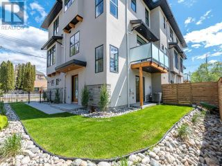 Photo 2: 383 TOWNLEY STREET in Penticton: House for sale : MLS®# 183468