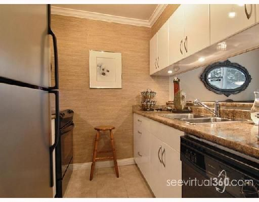 """Main Photo: 102 1006 CORNWALL Street in New_Westminster: Uptown NW Condo for sale in """"Cornwall Terrace"""" (New Westminster)  : MLS®# V672892"""