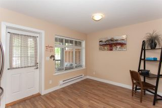 """Photo 7: 52 19448 68 Avenue in Surrey: Clayton Townhouse for sale in """"Nuovo"""" (Cloverdale)  : MLS®# R2274047"""