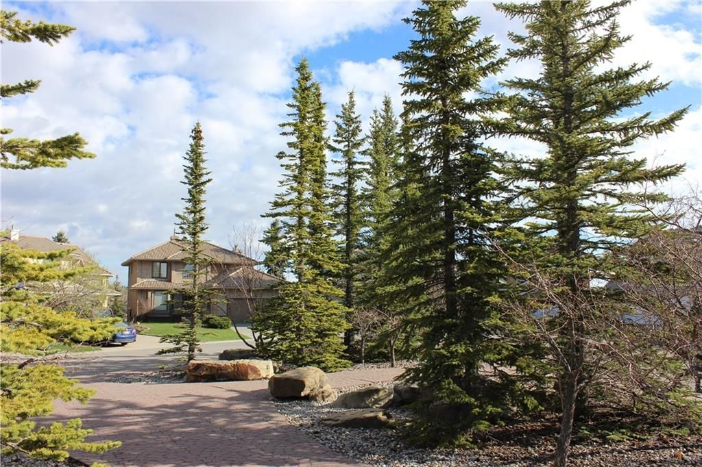 Photo 41: Photos: 2603 SIGNAL RIDGE View SW in Calgary: Signal Hill House for sale : MLS®# C4177922