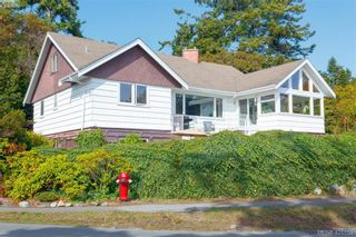 Photo 1: 2954 Tudor Ave in VICTORIA: SE Ten Mile Point House for sale (Saanich East)  : MLS®# 831607
