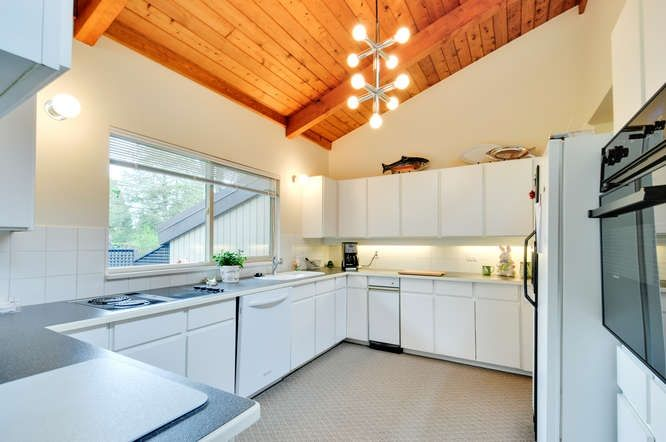 Photo 6: Photos: 2170 171 Street in Surrey: Pacific Douglas House for sale (South Surrey White Rock)  : MLS®# R2154276