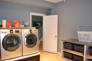 Photo 14: 5315 CEDARVIEW Place in Sechelt: Sechelt District House for sale (Sunshine Coast)  : MLS®# R2368813