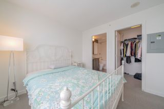 """Photo 10: 2507 5665 BOUNDARY Road in Vancouver: Collingwood VE Condo for sale in """"WALL CENTRE CENTRAL PARK SOUTH"""" (Vancouver East)  : MLS®# R2539277"""