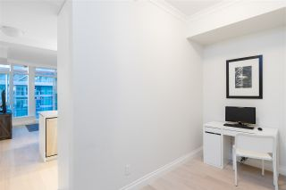 """Photo 13: 805 185 VICTORY SHIP Way in North Vancouver: Lower Lonsdale Condo for sale in """"CASCADE AT THE PIER"""" : MLS®# R2421041"""