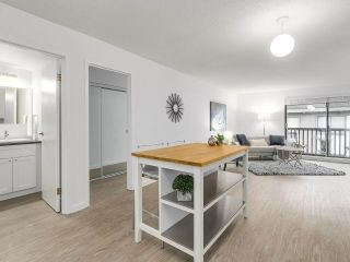 "Photo 12: 304 270 W 3RD Street in North Vancouver: Lower Lonsdale Condo for sale in ""Hampton Court"" : MLS®# R2220368"