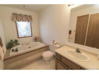 Photo 14: 209 TERRANCE Place in WINNIPEG: Birdshill Area Residential for sale (North East Winnipeg)  : MLS®# 1507760