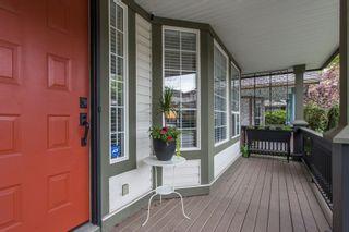 Photo 4: 8663 206B Street in Langley: Walnut Grove House for sale : MLS®# R2574937