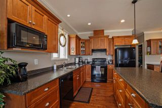 """Photo 8: 32749 HOOD Avenue in Mission: Mission BC House for sale in """"CHERRY AVE."""" : MLS®# R2152415"""