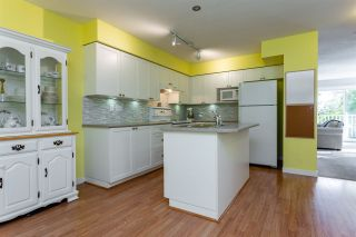 """Photo 8: 93 12711 64 Avenue in Surrey: West Newton Townhouse for sale in """"Palette On The Park"""" : MLS®# R2342430"""