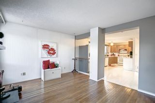 Photo 13: 36 Strathearn Crescent SW in Calgary: Strathcona Park Detached for sale : MLS®# A1152503