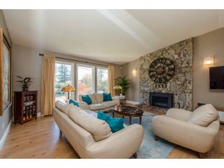 Photo 3: 3547 HORN Street in Abbotsford: Central Abbotsford House for sale : MLS®# R2317721