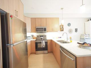 Photo 3: 944 Warbler Close in : La Happy Valley Row/Townhouse for sale (Langford)  : MLS®# 874281