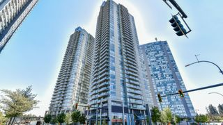 "Photo 1: 3309 13688 100 Avenue in Surrey: Whalley Condo for sale in ""PARK PLACE 1"" (North Surrey)  : MLS®# R2337080"