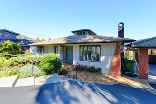 Photo 18: 972 BAYCREST Drive in North Vancouver: Dollarton House for sale : MLS®# R2110671