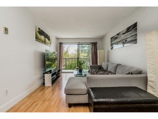"""Photo 4: 213 9952 149 Street in Surrey: Guildford Condo for sale in """"Tall Timbers"""" (North Surrey)  : MLS®# R2366920"""