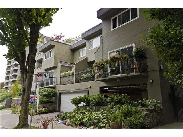 """Main Photo: 2 1285 HARWOOD Street in Vancouver: West End VW Townhouse for sale in """"HARWOOD COURT"""" (Vancouver West)  : MLS®# V924887"""