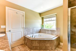 Photo 17: 21164 83B Avenue in Langley: Willoughby Heights House for sale : MLS®# R2487195