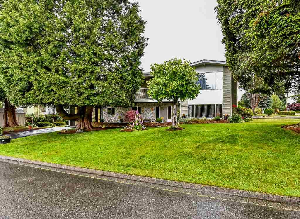 Main Photo: 9046 PEMBERTON PLACE in : Annieville House for sale : MLS®# R2076922