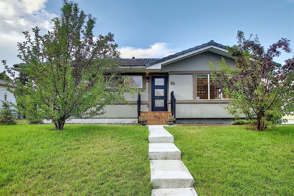 Main Photo: 24 Hyslop Drive SW in Calgary: Haysboro Detached for sale : MLS®# A1141197