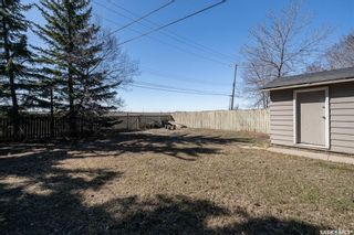 Photo 18: 301 108th Street West in Saskatoon: Sutherland Residential for sale : MLS®# SK850683