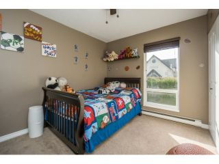 """Photo 15: 106 2844 273 Street in Langley: Aldergrove Langley Townhouse for sale in """"Chelsea Court"""" : MLS®# R2039587"""