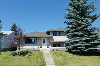Photo 1: 167 WOODSIDE Circle SW in Calgary: Woodlands House for sale : MLS®# C4130402