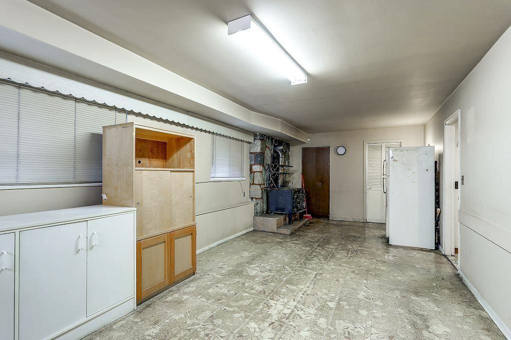 "Photo 14: Photos: 2843 E 20TH Avenue in Vancouver: Renfrew Heights House for sale in ""RENFREW HEIGHTS"" (Vancouver East)  : MLS®# R2185211"