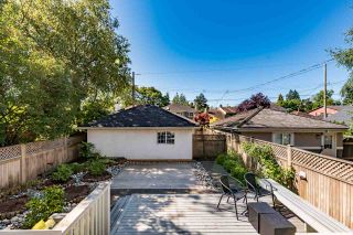 Photo 3: 2868 W 42ND AVENUE in Vancouver: Kerrisdale House for sale (Vancouver West)  : MLS®# R2192557