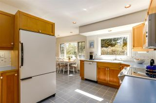 """Photo 10: 4852 QUEENSLAND Road in Vancouver: University VW House for sale in """"Little Australia"""" (Vancouver West)  : MLS®# R2256757"""