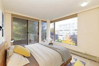 """Photo 13: 401 2108 W 38TH Avenue in Vancouver: Kerrisdale Condo for sale in """"the Wilshire"""" (Vancouver West)  : MLS®# R2510229"""