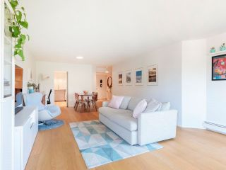 """Photo 15: 608 518 MOBERLY Road in Vancouver: False Creek Condo for sale in """"Newport Quay"""" (Vancouver West)  : MLS®# R2603503"""
