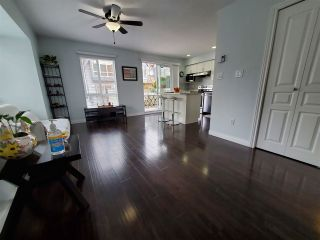 """Photo 4: 28 16388 85 Avenue in Surrey: Fleetwood Tynehead Townhouse for sale in """"CAMELOT"""" : MLS®# R2555638"""