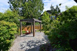 Photo 18: 866 AURORA Way in Gibsons: Gibsons & Area House for sale (Sunshine Coast)  : MLS®# R2387004