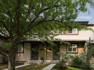 Photo 1: 43 310 BROOKMERE Road SW in Calgary: Braeside House for sale : MLS®# C4128783