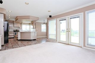 Photo 6: 6625 180 Street in Surrey: Cloverdale BC House for sale (Cloverdale)  : MLS®# R2104517