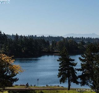 Photo 34: 72 St. Giles St in VICTORIA: VR Hospital Row/Townhouse for sale (View Royal)  : MLS®# 834073