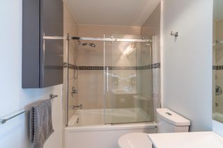 Photo 15: 402 2250 COMMERCIAL DRIVE in Vancouver: Grandview Woodland Condo for sale (Vancouver East)  : MLS®# R2599837