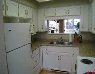 """Photo 5: 202 1467 BEST Street: White Rock Condo for sale in """"BAKERVIEW COURT"""" (South Surrey White Rock)  : MLS®# F2926951"""