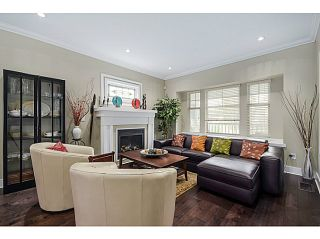 """Photo 2: 1536 E 13TH Avenue in Vancouver: Grandview VE House for sale in """"COMMERCIAL DRIVE"""" (Vancouver East)  : MLS®# V1088551"""