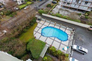 "Photo 22: 604 1425 ESQUIMALT Avenue in West Vancouver: Ambleside Condo for sale in ""Oceanbrook"" : MLS®# R2600784"