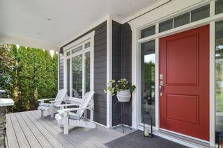 """Photo 2: 8913 MOWAT Street in Langley: Fort Langley House for sale in """"Fort Langley Village"""" : MLS®# R2545349"""