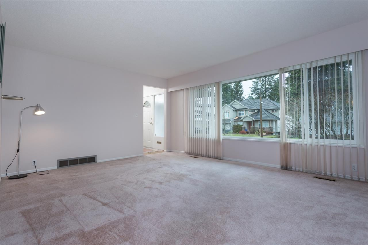 Photo 2: Photos: 1100 GROVER Avenue in Coquitlam: Central Coquitlam House for sale : MLS®# R2047034